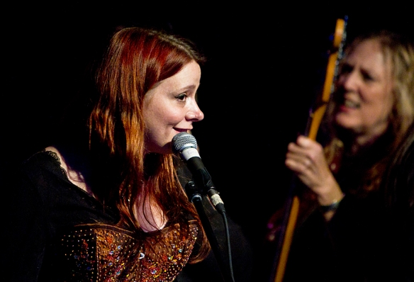 Carolyn Wonderland and Sarah Brown at Antone's. © All Rights Reserved: Per Ole Hagen