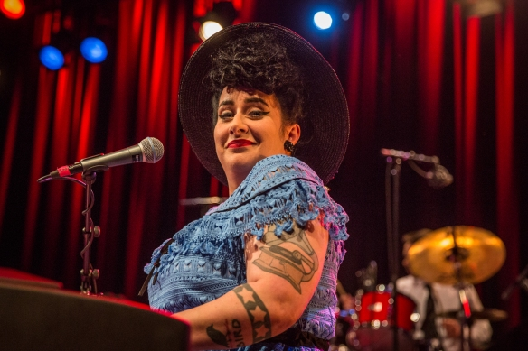 Davina and the Vagabonds 01092017-11