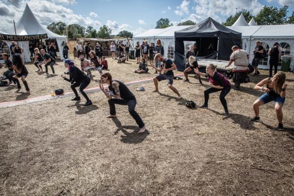 Metal yoga 17082018-03